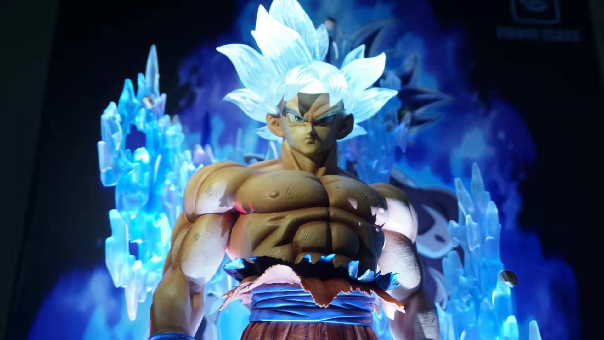 1/4  UPC001 MUI Goku Awakening With LED head